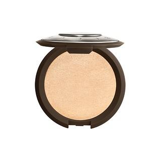 #Moonstone 月光石 / Shimmering Skin Perfector™ Pressed Highlighter 光芒肌修颜高光粉饼 (高光小飞碟)